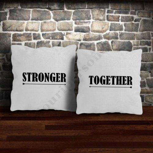 Perne pereche pentru cuplu, perne personalizate , Idei cadouri personalizate